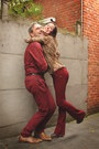 Camel-blouse-crimson-pants-dark-brown-clogs
