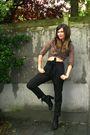 Black-pants-brown-blouse-brown-scarf-black-boots