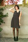 Gray-dress-black-boots-black-tights