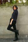 Black-pants-white-top-blue-jacket-black-boots
