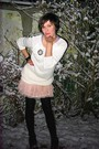 Pink-skirt-white-sweater-black-boots-black-tights-silver-accessories
