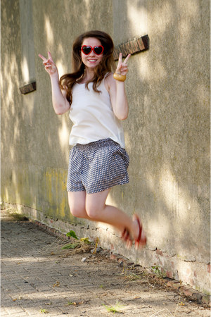 Primark shorts - red Primark sunglasses - ruby red Zara sandals