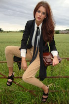 Annie and the Mannequins bag - camel tapered Annie and the Mannequins pants - An