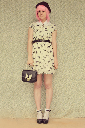 cream no brand dress - black OASAP bag - black bow embellished wholesale heels