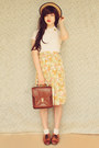Brown-vintage-bag-cream-cotton-on-body-socks-tawny-vintage-loafers