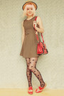 Gold-cut-out-glamorous-uk-dress-beige-boater-wholesale-hat