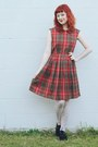 Ruby-red-renew-vintage-dress-white-tutuanna-tights