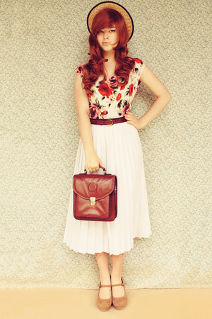 ruby red Forever 21 top - dark brown vintage bag - white vintage skirt