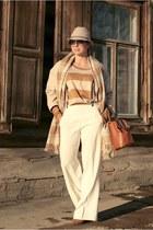 H&M scarf - Massimo Dutti bag - Zara pants
