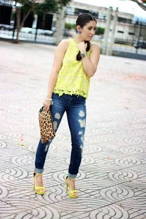 suiteblanco heels - yellow Local store heels - blue Stradivarius jeans