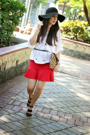 black Bershka hat - ivory thrifted vintage sweater - red Sheinsidecom skirt