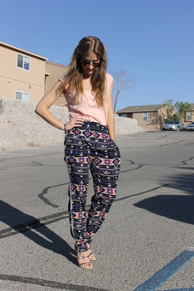 navy aztec Sugarlips pants - peach Zara shirt - nude Zara sandals