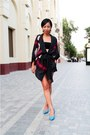 Black-bandeau-diy-top-blue-aldo-shoes-black-silk-kimono-mango-jacket