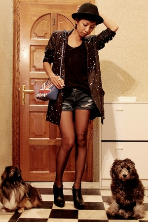 black diamante blazer Topshop - black shirt Mango - diy shorts