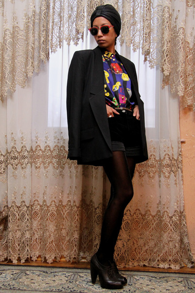 black bf Stella McCartney jacket - blue escada vintage shirt