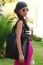 Black-kitten-heels-zara-shoes-black-from-dubai-hat-black-oversized-zara-bag-