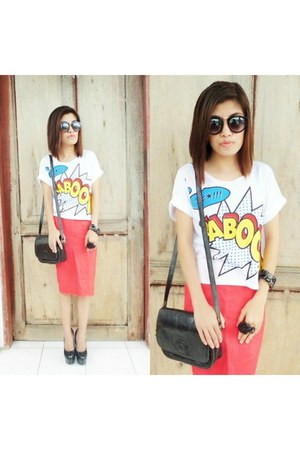 black basido bag - red moms closet skirt - white PSquare top - black Gibi pumps