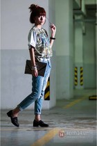 sky blue jeans - black bag - turquoise blue blouse