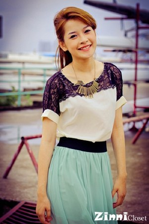 metallic necklace - dark gray lace-up top - aquamarine skirt
