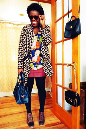 navy floral print Pleione blouse - dark brown leopard print Old Navy boots