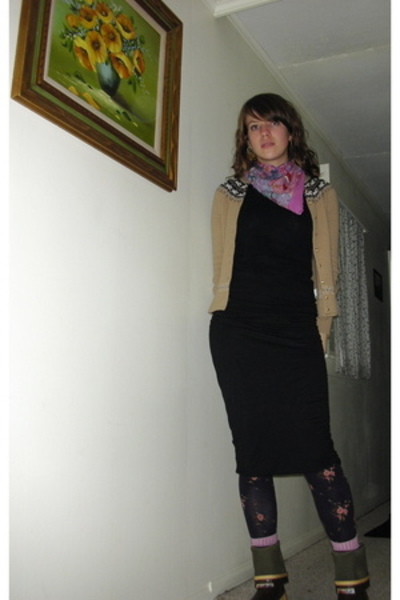 Xtra Tuffs shoes - Smart Wool socks - Anthropologie tights - Velvet skirt - Flux