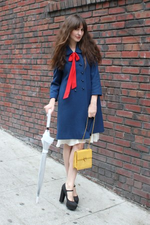 Forever 21 heels - vintage dress - vintage coat - vintage bag