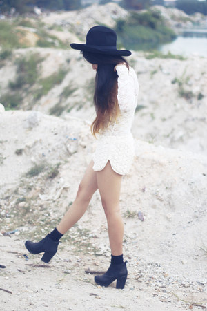 Topshop boots - asos hat - Forever21 shorts - Forever21 bodysuit