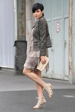 olive green volants yest dress - dark green military Primark jacket - cream clut