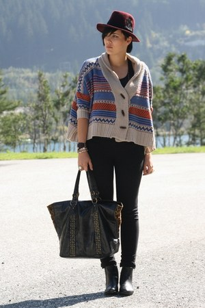 tan cardigan - black asos boots - crimson H&M hat