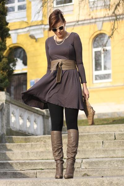 vintage dress - Bruno Premi boots - Hallhuber bag