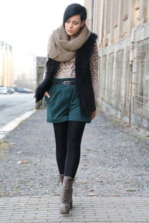 forest green Primark shorts - light brown Lundberg boots - light brown scarf