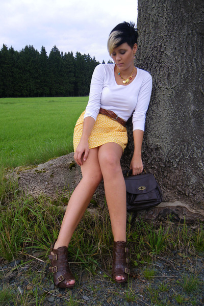 yellow H&amp;M skirt - white Street One t-shirt - brown Primark bag - brown unknown 