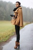 bronze H&M boots - black 3 suisses pants - camel cape