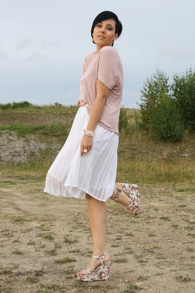 pink wedges - light pink warehouse shirt - white vintage skirt