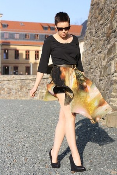 galaxy print skirt - Vero Moda shirt - Primark wedges