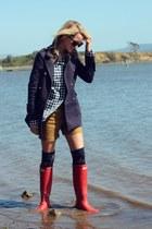 Forever 21 jacket - Hunter boots - Gap shorts - Gilly Hicks socks