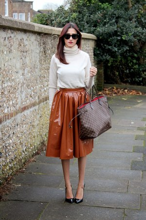 tawny H&M Trend skirt - brown Louis Vuitton bag - Chanel sunglasses