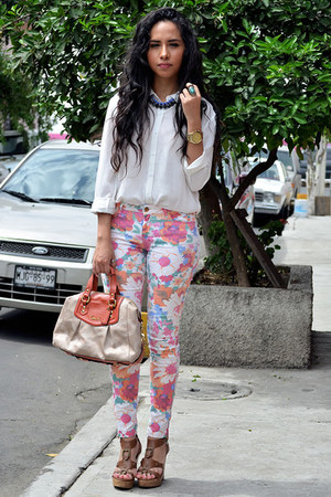 bubble gum floral Zara pants - white Forever21 blouse - navy Gofavor necklace