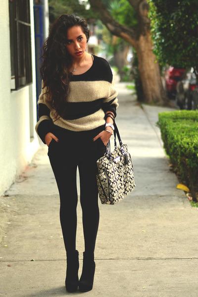 black ankle boots GoJane boots - black knit Bershka sweater - gray coach bag