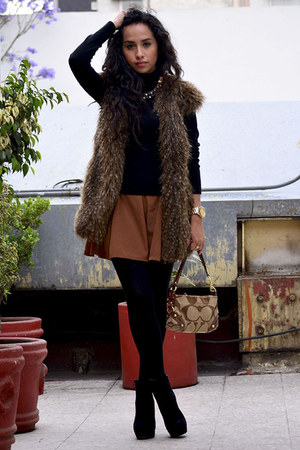 dark brown faux fur Zara coat - black GoJane boots - dark brown coach bag