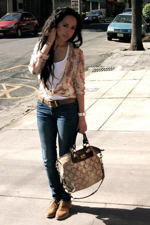 camel Nine West shoes - navy Zara jeans - tan Zara shirt - nude coach bag