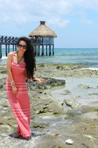 salmon maxi dress LOB dress - black DG sunglasses