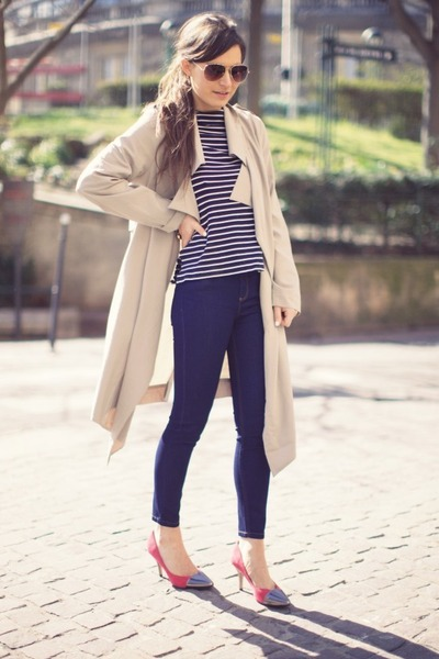 beige Unif Trench coat - navy Reiss  1971 jeans - red Reiss 1971 heels