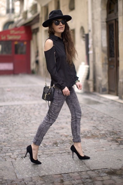 charcoal gray H&M jeans - gold nixon watch - black Boohoo blouse