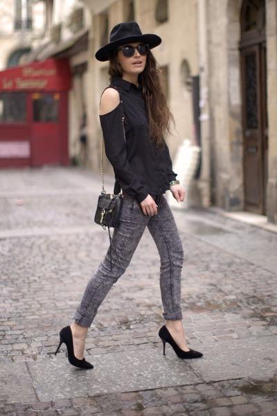 charcoal gray H&M jeans - gold nixon watch - black Boohoo blouse