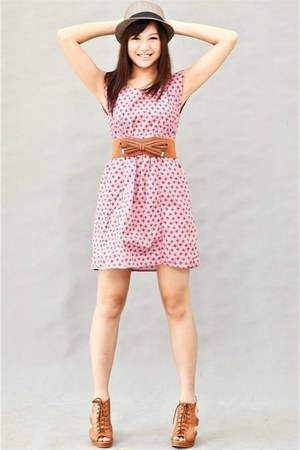 bubble gum vintage dress dress - dark khaki fedora hat - tawny ribbon belt - taw