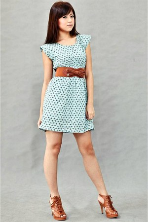 aquamarine dress - brown belt - tawny shoes