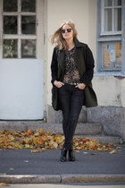 Zara blouse - Din Sko boots - Mango coat - ray-ban sunglasses