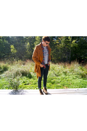 navy Bullhead jeans - brown Old Navy jacket - crimson JCrew shirt