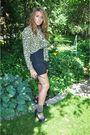 Black-vintage-shorts-black-forever-21-shoes-green-vintage-blouse-brown-vin